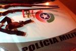 Jovem é flagrado com armas, carro furtado e plantação de maconha em Forquilhinha4