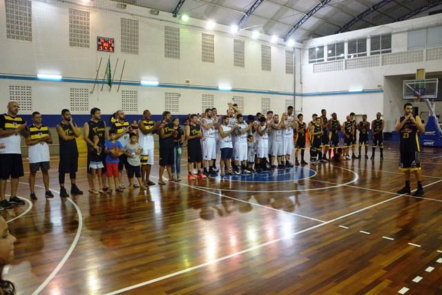 Lucas Colombo MC10- Equipes na premiação Copa LSCB