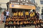 Bairro da Juventude recebe uniformes do projeto Anjos do Futsal