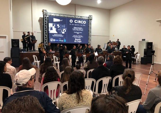Exibição do filme O Circo (2)