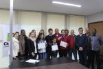 Salvaro recebe estudantes premiados Foto Guilherme Nuernberg (90)