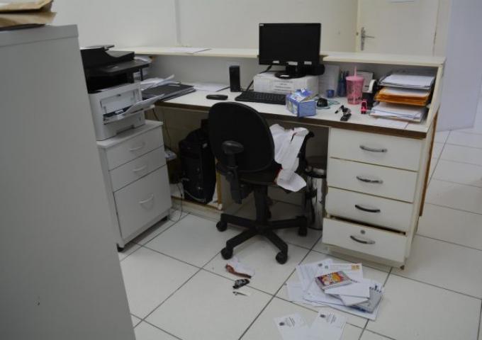 11-01-2019_Furto na Farmácia Municipal (5)