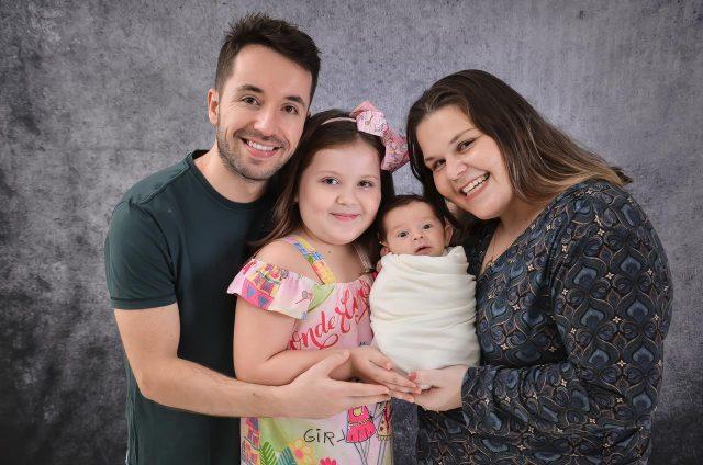 Bebê nasce imunizado contra a Covid-19 em Tubarão