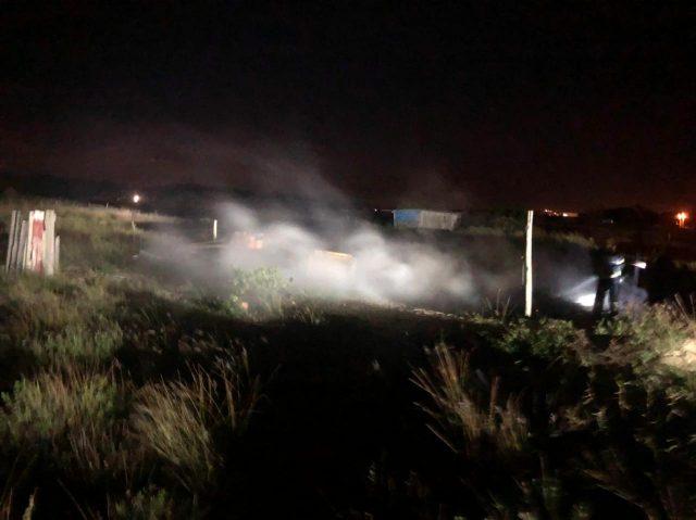 Incêndio destrói residência de madeira em Balneário Arroio do Silva