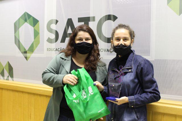 Prêmio da Fapesc é entregue aos vencedores da UniSatc