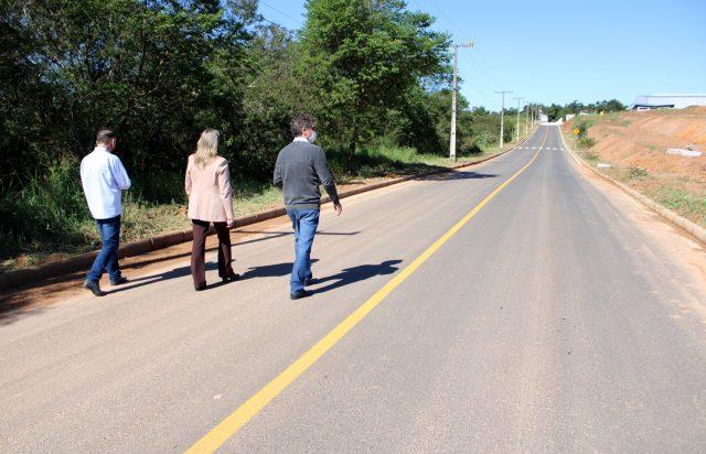 Prefeitura de Criciúma realiza pavimentação asfáltica em cinco ruas no Loteamento Industrial Cizeski