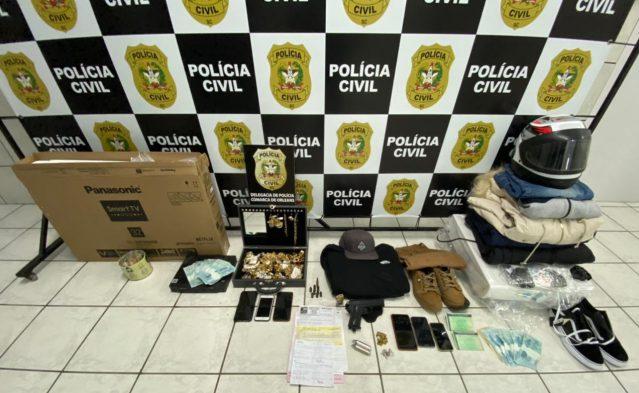 Polícia Civil de Orleans recupera e bloqueia valor estimado em R$ 307 mil referente a furto a joalheria