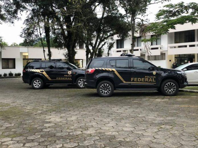 PF deflagra Operação Benedetta e cumpre mandados em Orleans, Urussanga, Siderópolis, Tubarão e Criciúma