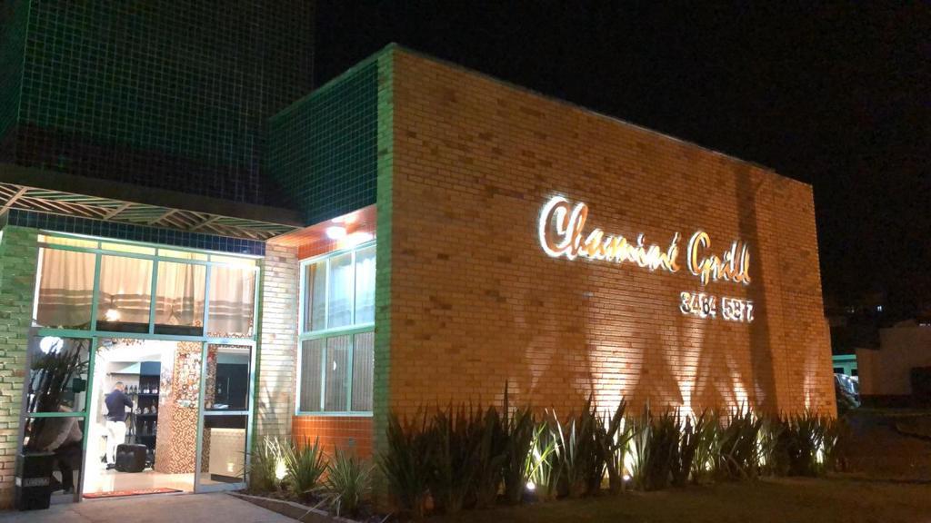 Reservas abertas para celebrar o Dia dos Namorados no Chaminé Grill