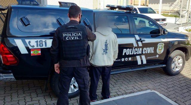 Investigado por tráfico de drogas é preso em Orleans